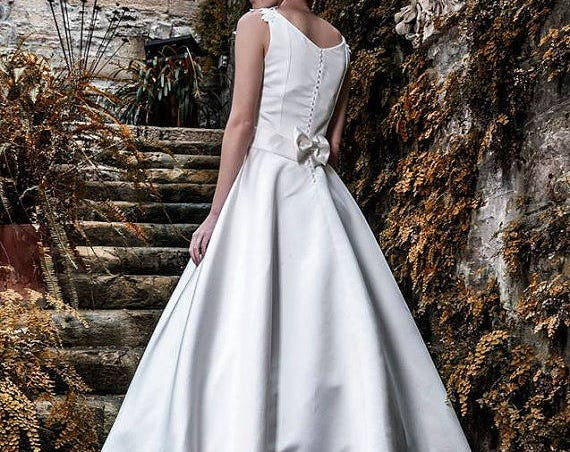 Ivory Satin Wedding Dress, Classic Wedding Gown, Long Train Bridal Dress, Romantic Wedding Gown, Princess Wedding Dress, Satin Ball Dress