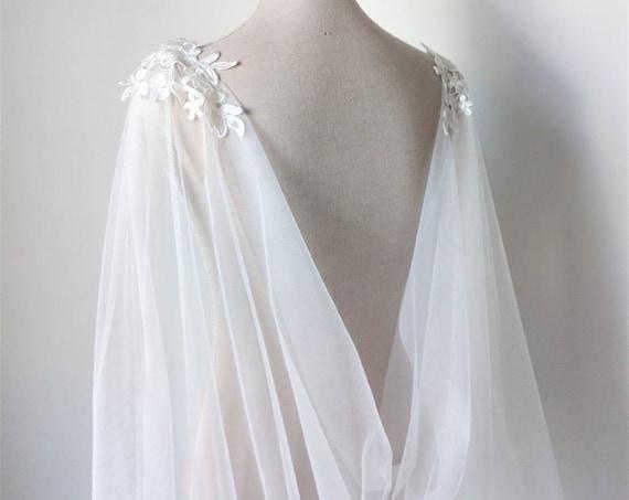Ivory Tulle Wedding Cloak, Wedding Cape Veil, Viking Wedding, Pagan Wedding Cape, Alternative Wedding Cape, Lace Wedding Cloak, Gothic