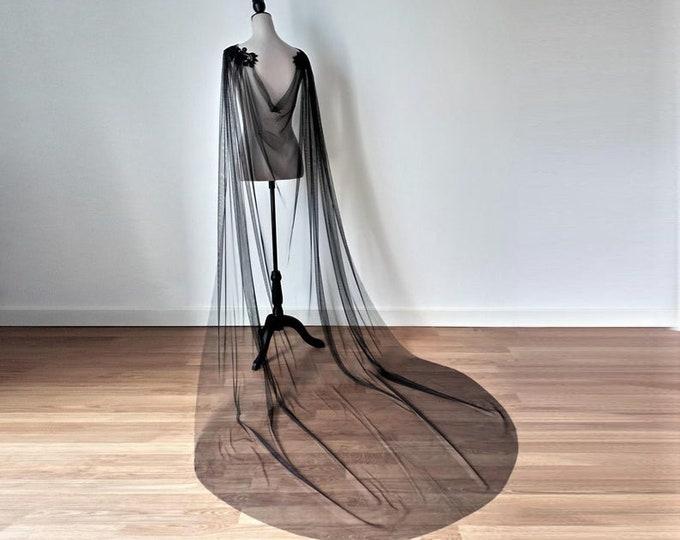 Black bridal cape for gothic wedding dress, Tulle bridal cape, Black bridal cloak, Black wedding cape, Long shoulder cape veil, Goth wedding