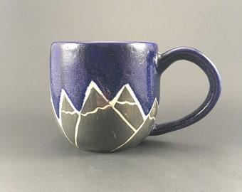 Pottery mug blue mountains