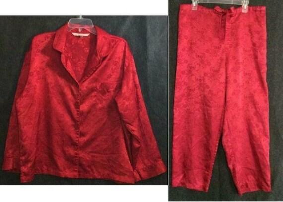 Victoria's Secret Red Pajama Set Ladies Large Sati
