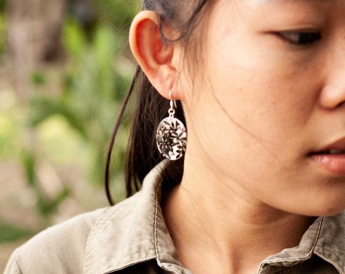 Flourish Oval Earrings