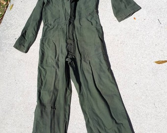 a2350175fef5 Vintage US Army Khaki Green Coveralls Overalls Button Workwear