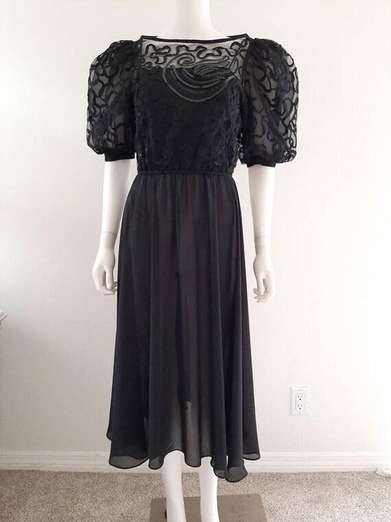 Vintage 1980s Black Sequin Puffed Sleeve Evening P