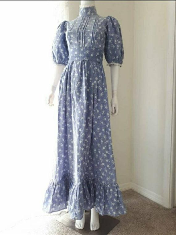 Vintage 1970's Laura Ashley Blue Prairie Victorian