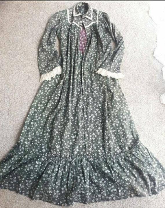 Antique Edwardian Early 1900 Primitive Calico Wrap