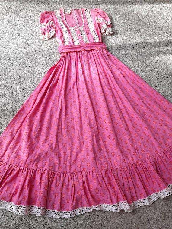 Rare Vintage 1970s Laura Ashley Pink Puffed Sleeve