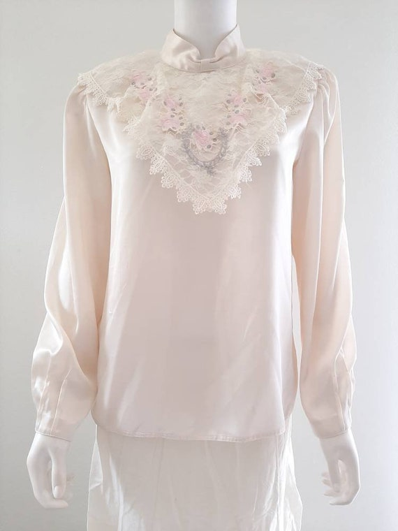 Vintage 80s Romantic Silk Embroidered Rose Lace Bl