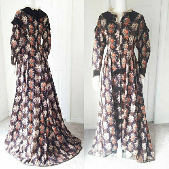 Antique 1880s Victorian Calico Rose Wrapper Dress