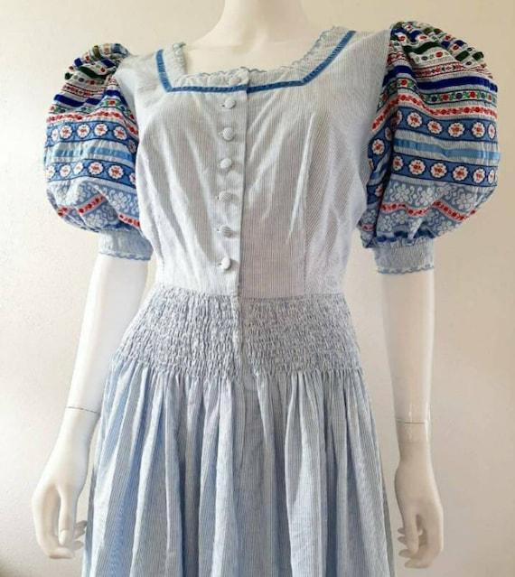 Vintage Austrian Dirndl Embroidered Prairie Folk D
