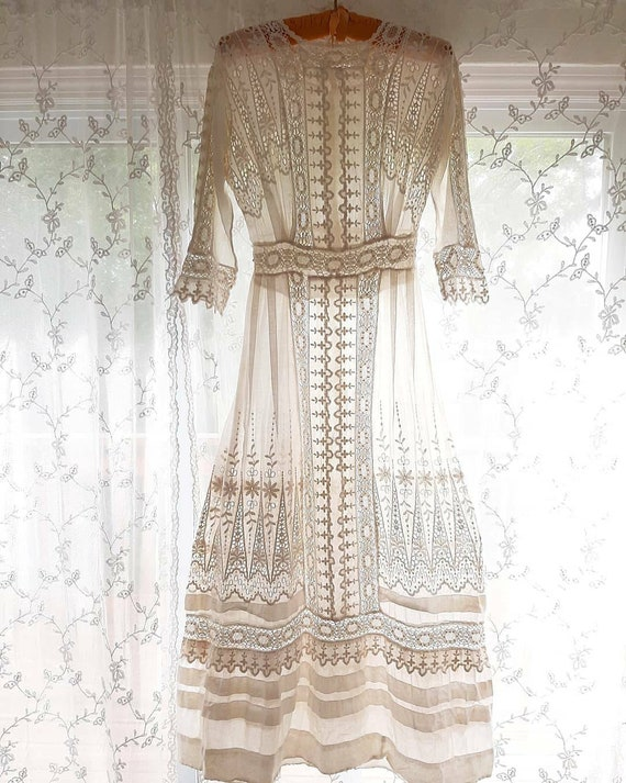 Antique Edwardian 1910 White Embroidered Afternoon