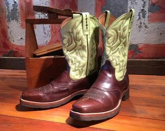 Ariat Decorative Wesetrn Boots