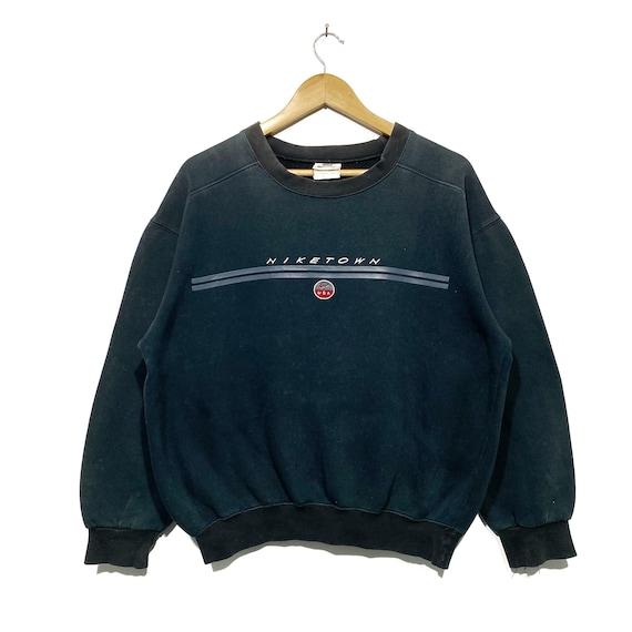 Vintage Nike Town Distress Faded sweatshirt pullov
