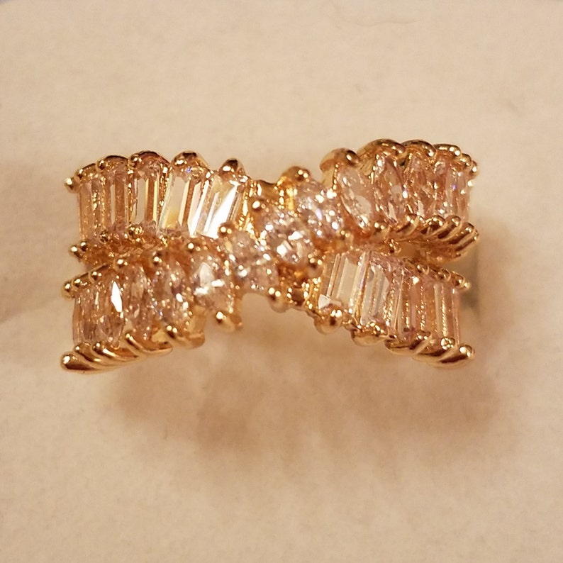 Size 7 3 ct Wedding White Topaz Baguette /& Marquise Cut Crossover Gemstone 18k Gold Plated Band