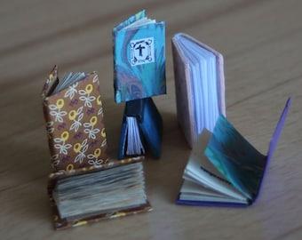 Dollhouse miniatures: tiny handmade books