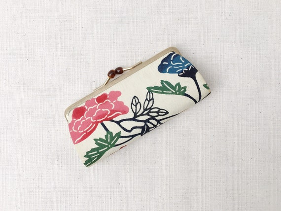 Small Handmade Oriental Japanese Flower Floral Kiss Lock Clasp Coin Purse Pouch