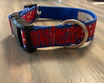 X-Small//4-Feet NCAA Mississippi Old Miss Rebels Dog Leash Red