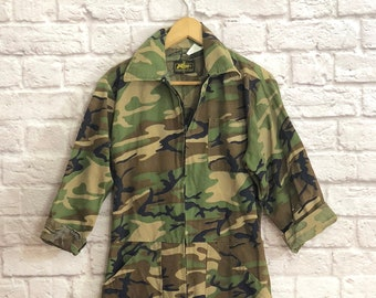32575279089c Vintage 1980 s Camo Utility Jumpsuit Size Small Medium Retro 80 s US Army  Coveralls