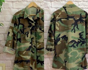 Vintage 1970s Oversized Camouflage U.S. Army Jacket Uniform