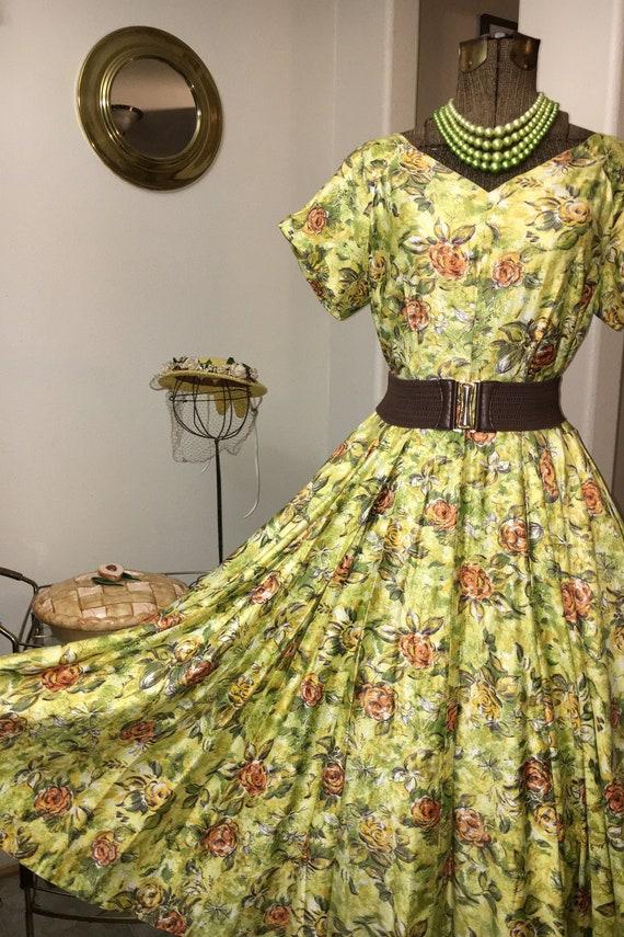 Vintage 1950s yellow rose print dress