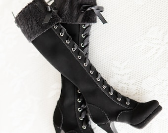Boots in sd16 size