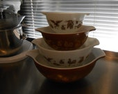 Pyrex Early American Cinderella Nesting Bowls
