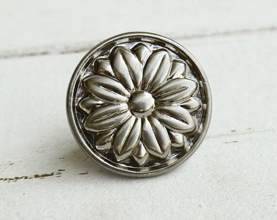 Silver kitchen cabinet door knob flower dresser handle pull floral drawer knob furniture wardrobe handle cupboard knob woodworking hardware
