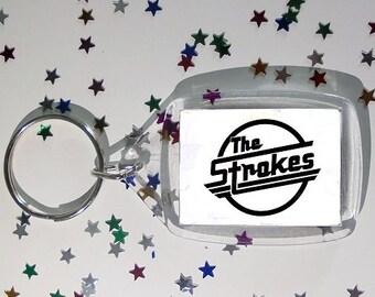 The Strokes keychain, is this it?, Julian Casablancas, Nick Valensi, Albert Hammond Jr., Nikolai Fraiture, Fabrizio Moretti, room on fire