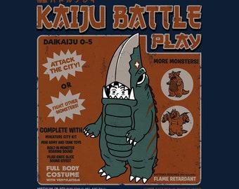 Kaiju Player 5 - Retro Kaiju Costume   Classic Japanese Tokusatsu Show   Guiron Knife Kaiju   Monster Battle Vintage Unisex T-shirt