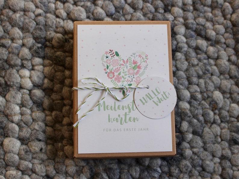Baby Milestone Cards Flower Heart image 0