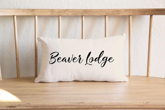 Beaver Pillow 20 X 12 Lumbar Linen Feel Toss Beaver Lodge Etsy