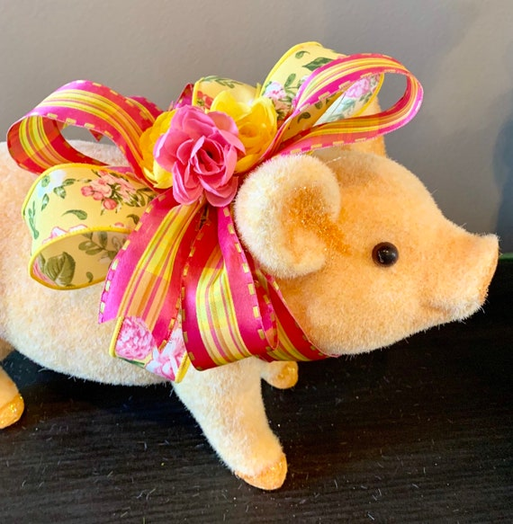 Spring tabletop decor Pig on Bike with flowers Pig Spring Easter centerpiece Pig Decor Table Decor table Centerpiece Spring Decor