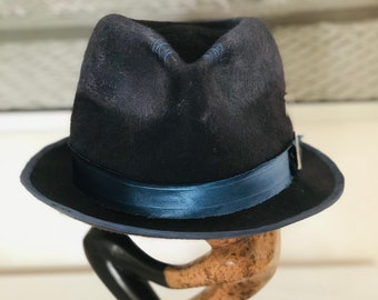d0cf6394fd58d Distressed felt hat
