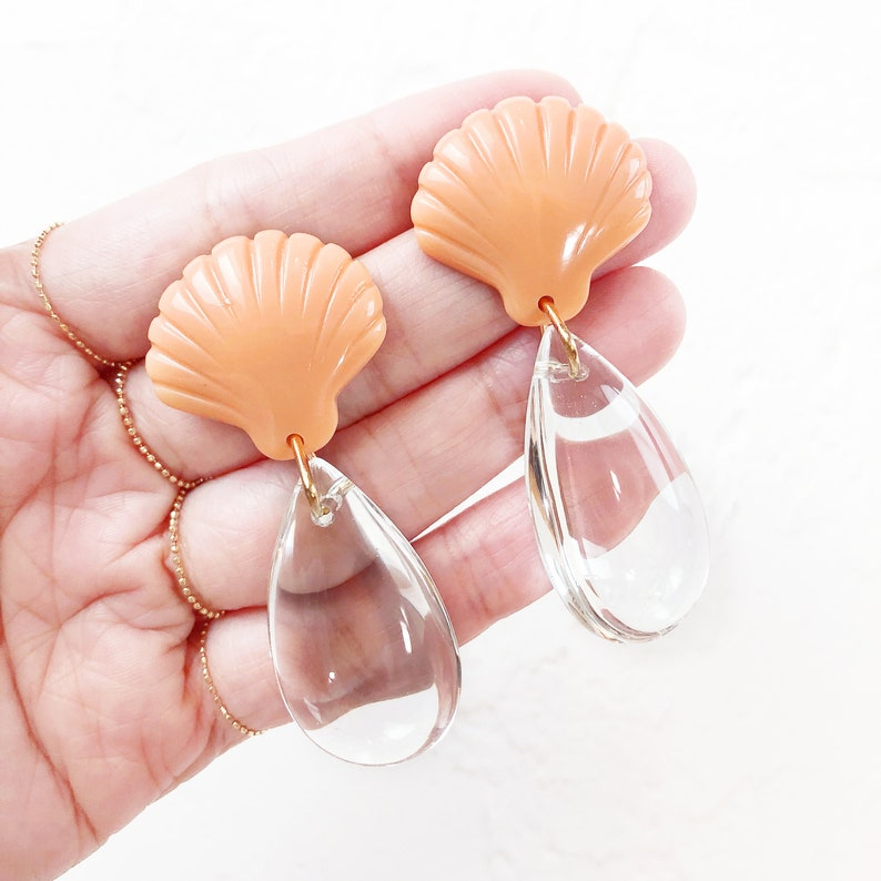 Nostalgic Style Statement Earrings for the Modern Mermaid Modern Minimalist Nude Colour Shell Earrings with Glass Tearsdrop