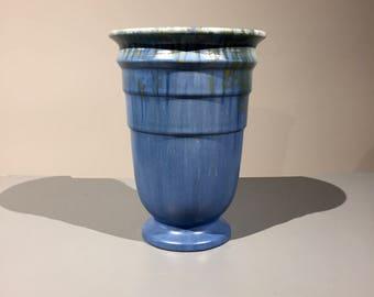 """1930s Roseville Tourmaline Art Deco 8"""" Vase"""