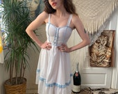70 s SUMMER ROMANCE DRESS - white and blue trim - fitted bodice - x- small