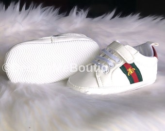 ed1ed5a60b6713 Baby Gucci shoes sneakers crib shoes moccassins Gucci inspired shoes for  babies toddlers fashion designer baby Gucci shoes green red G bee