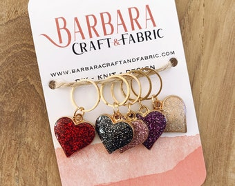 Set of 5 rings enamelled knitted mesh hearts