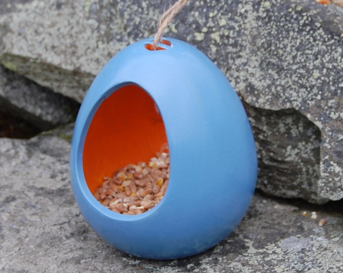 Two Tone Cornflower Blue and Orange Ceramic Wild Bird Seed Feeder  - Gardening Gifts - Scottish Gifts - Birds - Apple - Balls - Suet