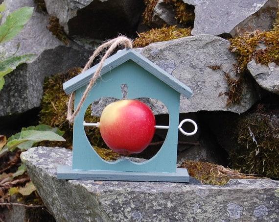 Two Tone Green Wooden Bird Feeder - Gardening Gifts - Scottish Gifts - Birds - Apple - Balls - Scotland - Gardener - Nature - Garden