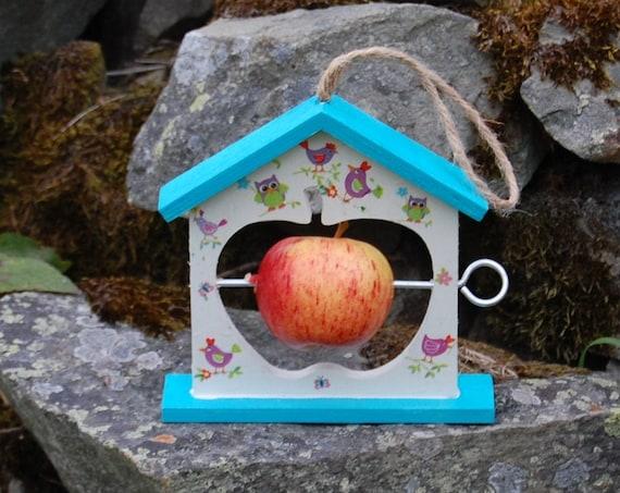 Bright Birds Two Tone Turquoise Wooden Bird Feeder - Gardening Gifts - Scottish Gifts - Birds - Apple - Balls - Gardener - Nature - Garden