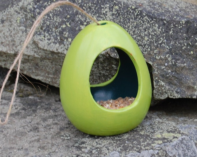 Two Tone Lime Green & Dark Green Ceramic Wild Bird Seed Feeder  - Gardening Gifts - Scottish Gifts - Birds - Apple - Balls - Suet