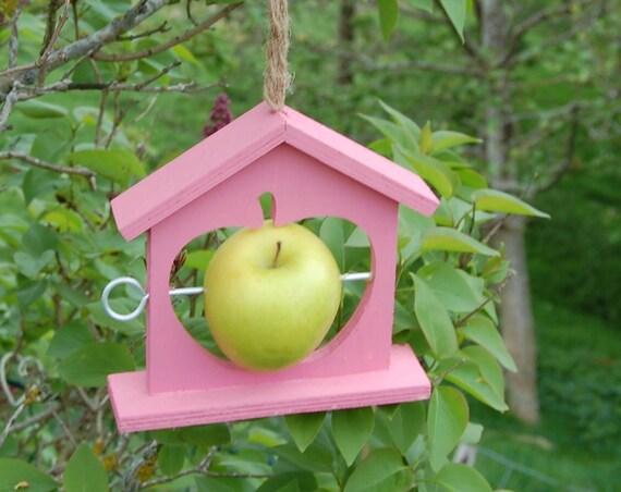 Baby Pink Wooden Bird Feeder  - Gardening Gifts - Scottish Gifts - Birds - Apple - Balls - Scotland - Gardener - Nature - Garden