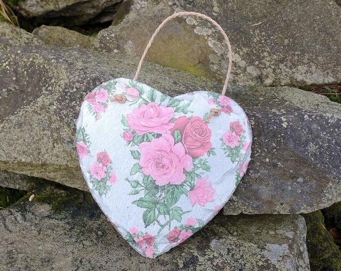 Vintage Roses Pink & White Slate Heart Hanger - Hanging Heart  - Garden Décor - Decorative Sculpture