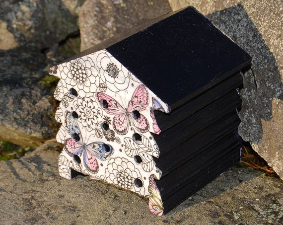 Butterfly and Flowers - Wooden Bee Hive House - Insect House - Bug Hotel - Bee House - Gardening Gifts - Garden - Beehive