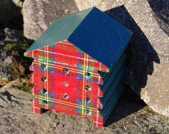 Red & Green Tartan - Wooden Bee Hive House - Insect House - Bug Hotel - Bee House - Gardening Gifts - Garden - Scottish Gifts