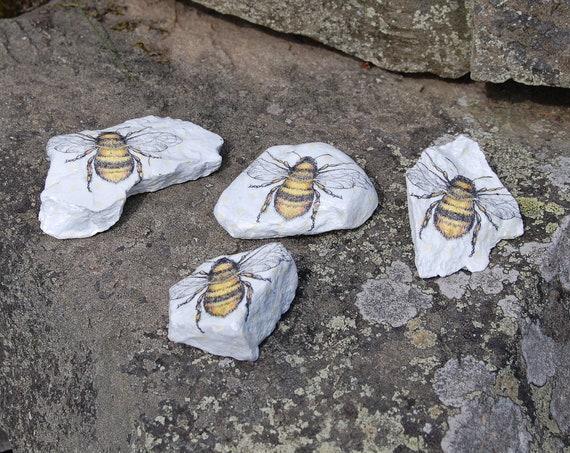 Busy Bee Plant Pot Pal Garden Art - Garden Stone - Paper Weight - Garden Decor - Decorative Sculpture