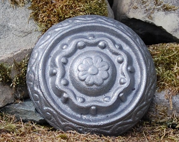 Viking Rosette - Garden Gifts - Gardening Gifts - Garden Treats -