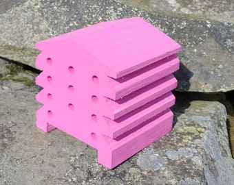 Bee House Hot Pink Wooden Beehive Insect Bug Hotel Gardening Gifts - Save The Bees