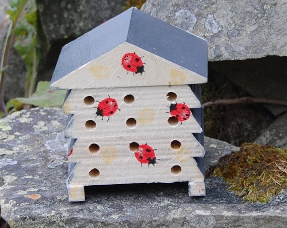Ladybirds Ladybugs Grey Gray - Wooden Bee Hive House - Insect House - Bug Hotel - Bee House - Gardening Gifts - Garden - Scottish Gifts
